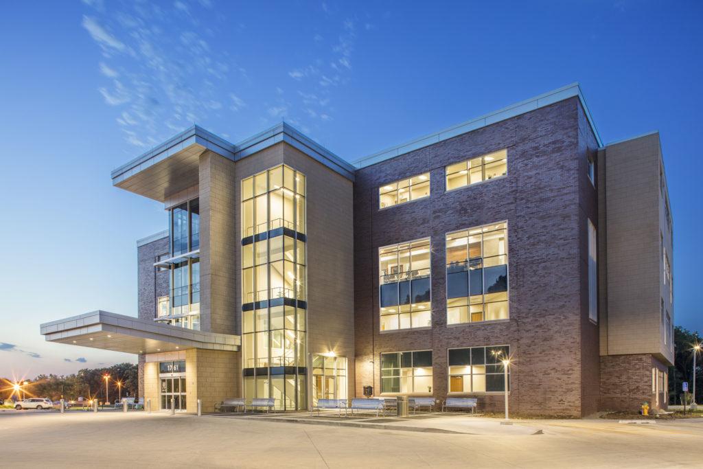 Broadlawns Medical Center Graham Construction
